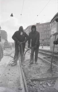 ARH NL Koberg 930, Straßenbahngleisarbeiten in der Georgstraße, Hannover, 1971