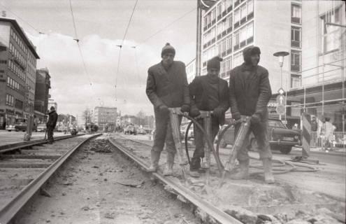 ARH NL Koberg 933, Straßenbahngleisarbeiten in der Georgstraße, Hannover, 1971