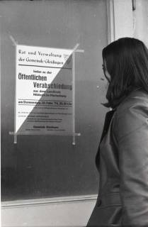 """ARH NL Koberg 937, Ankündigung der """"Öffentlichen Verabschiedung"""" aus dem Landkreis Hildesheim-Marienburg, Gleidingen, 1974"""