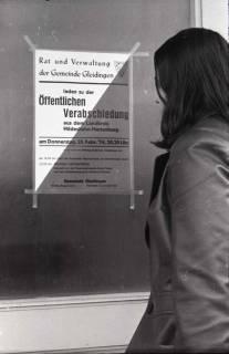 """ARH NL Koberg 938, Ankündigung der """"Öffentlichen Verabschiedung"""" aus dem Landkreis Hildesheim-Marienburg, Gleidingen, 1974"""