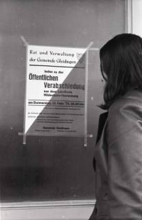 """ARH NL Koberg 939, Ankündigung der """"Öffentlichen Verabschiedung"""" aus dem Landkreis Hildesheim-Marienburg, Gleidingen, 1974"""