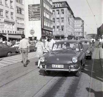 "ARH NL Koberg 999, ""Rote-Punkt-Aktion"" am Steintor, Hannover , 1969"