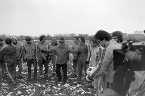 ARH NL Mellin 01-003/0012, Hannover 96 mit Trainer Helmut Kronsbein, zwischen 1974/1978