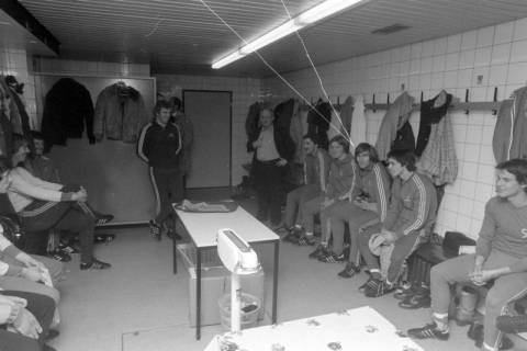 ARH NL Mellin 01-003/0015, Hannover 96 mit Trainer Helmut Kronsbein, zwischen 1974/1978