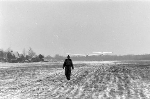 ARH NL Mellin 01-004/0020, Segelfluggelände Großes Moor des Luftsportverein Burgdorf, nach 1969