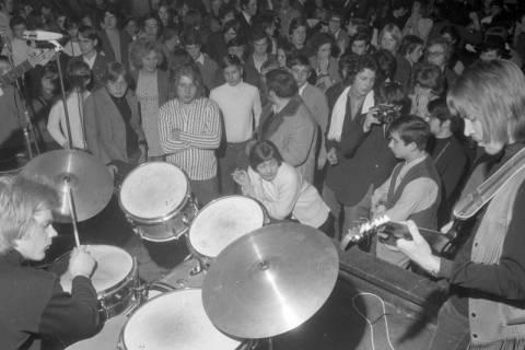 ARH NL Mellin 01-007/0011, Bandwettbewerb im Haus der Jugend in Hannover, um 1968