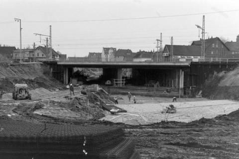 ARH NL Mellin 01-009/0014, Bau der B 443 Unterführung in Lehrte, zwischen 1970/1975