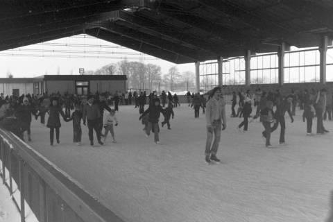 ARH NL Mellin 01-010/0024, Eisstadion in Mellendorf, nach 1977