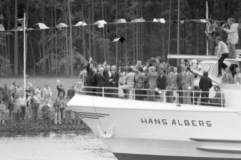 ARH NL Mellin 01-013/0004, Eröffnung des Elbe-Seitenkanals (ESK), 1976