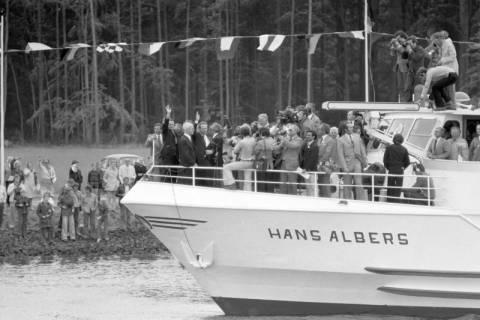 ARH NL Mellin 01-013/0005, Eröffnung des Elbe-Seitenkanals (ESK), 1976