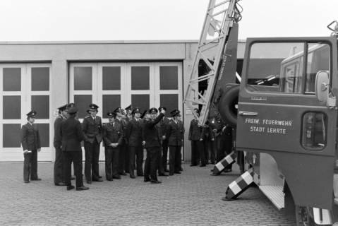 ARH NL Mellin 01-020/0006, Übergabe neue Drehleiter DLK 23/12 an die Feuerwehr Lehrte, 1970