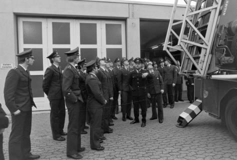 ARH NL Mellin 01-020/0007, Übergabe neue Drehleiter DLK 23/12 an die Feuerwehr Lehrte, 1970