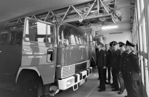ARH NL Mellin 01-020/0010, Übergabe neue Drehleiter DLK 23/12 an die Feuerwehr Lehrte, 1970