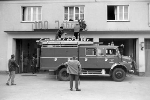 ARH NL Mellin 01-024/0008, 100 Jahr Feier der Freiwilligen Feuerwehr Burgdorf, 1971