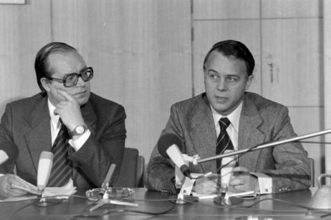 ARH NL Mellin 01-027/0016, Pressekonferenz?, zwischen 1977/1978