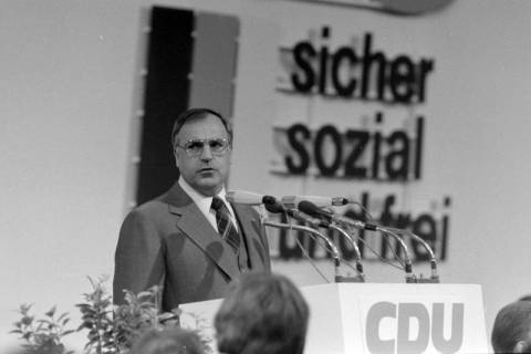 NL Mellin 01-031/0004, 24. Bundesparteitag der CDU, 1976