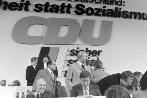 NL Mellin 01-031/0011, 24. Bundesparteitag der CDU, 1976