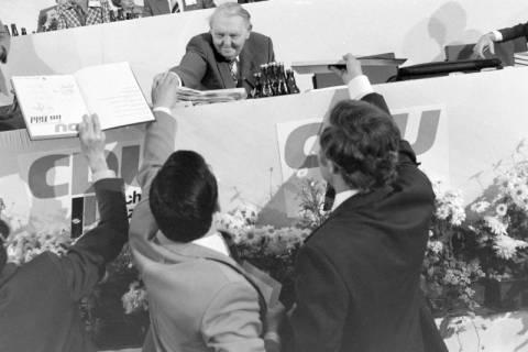 NL Mellin 01-031/0013, 24. Bundesparteitag der CDU, 1976