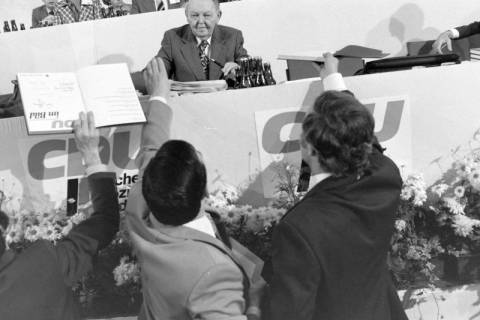 NL Mellin 01-031/0014, 24. Bundesparteitag der CDU, 1976