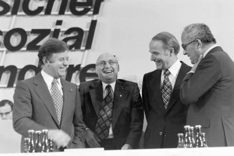 NL Mellin 01-031/0016, 24. Bundesparteitag der CDU, 1976