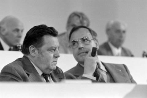 NL Mellin 01-031/0018, 24. Bundesparteitag der CDU, 1976