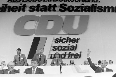 NL Mellin 01-032/0005, 24. Bundesparteitag der CDU, 1976