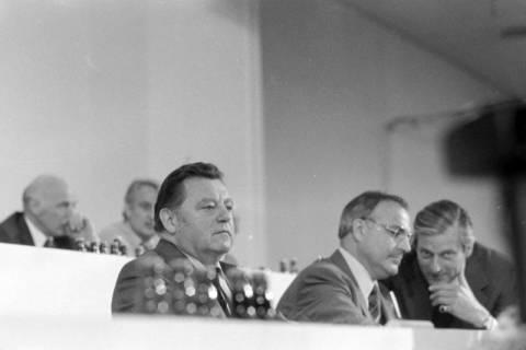 NL Mellin 01-032/0018, 24. Bundesparteitag der CDU, 1976