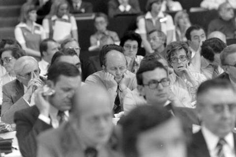 NL Mellin 01-037/0015, 24. Bundesparteitag der CDU, 1976