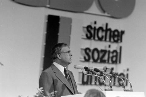 NL Mellin 01-040/0007, 24. Bundesparteitag der CDU, 1976