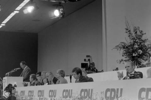 NL Mellin 01-040/0008, 24. Bundesparteitag der CDU, 1976