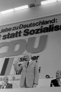 NL Mellin 01-040/0009, 24. Bundesparteitag der CDU, 1976