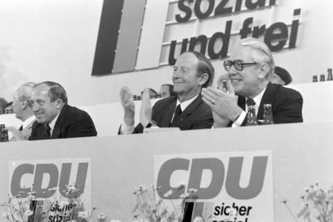 NL Mellin 01-040/0012, 24. Bundesparteitag der CDU, 1976