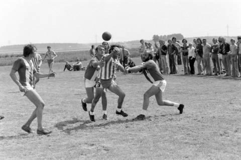 NL Mellin 01-042/0004, Feldhandball VfL Uetze, ohne Datum