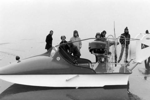 NL Mellin 01-044/0003, Eisrettungsboot, Steinhuder Meer?, zwischen 1975/1985