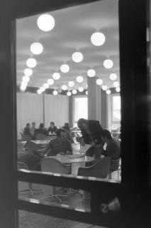 ARH NL Mellin 01-053/0006, Studentencafeteria im Gebäude J2 der Medizinischen Hochschule Hannover, ohne Datum