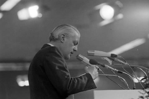 NL Mellin 01-068/0025, 24. Bundesparteitag der CDU, 1976