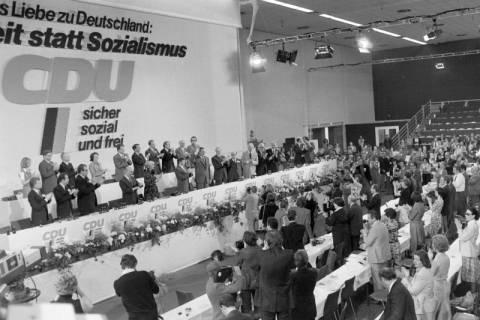 NL Mellin 01-070/0017, 24. Bundesparteitag der CDU, 1976