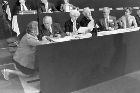 NL Mellin 01-073/0004, 24. Bundesparteitag der CDU, 1976