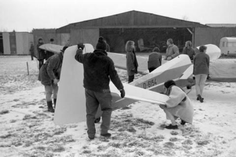ARH NL Mellin 01-075/0008, Segelfluggelände Großes Moor des Luftsportverein Burgdorf, nach 1969