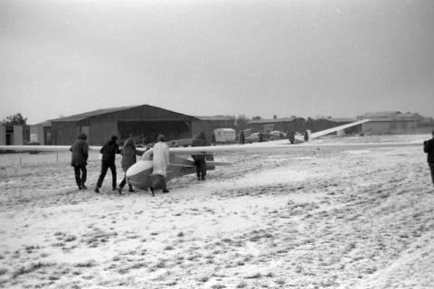 ARH NL Mellin 01-075/0010, Segelfluggelände Großes Moor des Luftsportverein Burgdorf, nach 1969