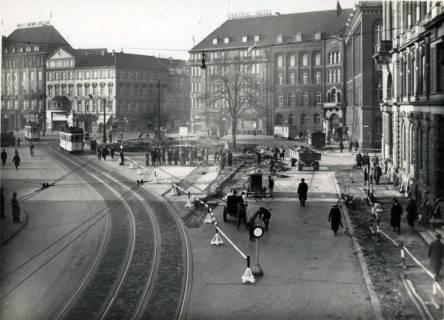 ARH Slg. Mütze 020, Ernst-August-Platz nach fast vollendetem Umbau, Hannover, 1938