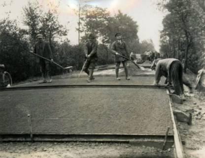 ARH Slg. Mütze 025, Straßenbauarbeiten, Hannover, um 1935
