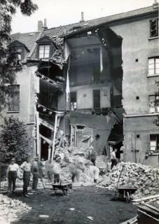 ARH Slg. Mütze 061, Erster Bombenabwurf und Schäden in der Seilerstraße, Hannover, 1940