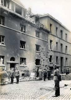ARH Slg. Mütze 062, Erster Bombenabwurf und Schäden in der Seilerstraße 24-25, Hannover, 1940