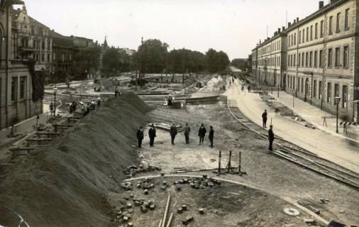 ARH Slg. Mütze 079, Blick von der Brühlstraße auf den Umbau des Königsworther Platzes, Hannover, 1932