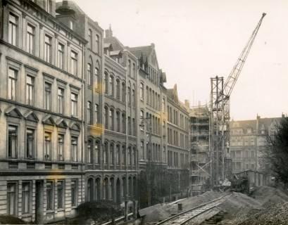 ARH Slg. Mütze 111, Baustelle des Luftschutzbunkers Friesenstraße, Oststadt, 1942