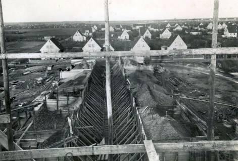 ARH Slg. Mütze 117, Baustelle eines Luftschutzbunkers, Sahlkamp, 1942