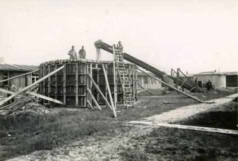 ARH Slg. Mütze 132, Baustelle eines Splitterbunkers, Bothfeld, vor 1945