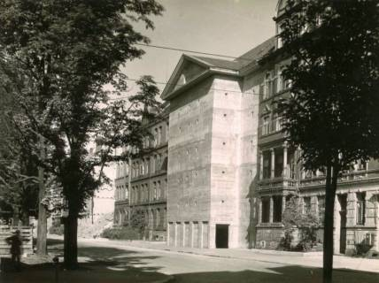 ARH Slg. Mütze 142, Baustelle des Luftschutzbunker Friesenstraße, Oststadt, 1944