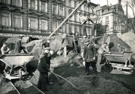 ARH Slg. Mütze 154, Kieslager für den Bau des Luftschutzbunkers am Klagesmarkt, Hannover, 1941